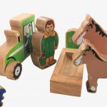 Lanka Kade Farmer's Field – 18 Colourful Wooden Pieces