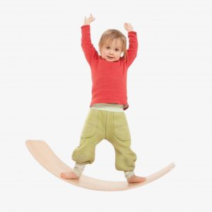 Das.Brett Bouncy Wooden Balance Board – Oiled, with Cork